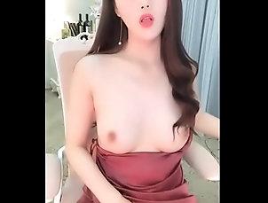 china,chinese-girl,Unknown 高顏值苗條身材美女主播和老鐵粉絲現場直播雙人啪啪大秀...