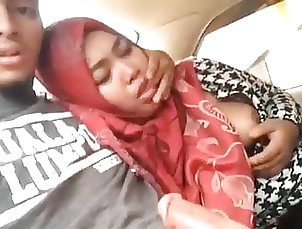 Asian;Blowjob;Handjob;Car Hisab batang kinabalu