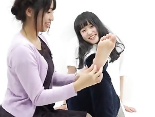 kink;tickle;ticklish;tickling,Lesbian;Feet;Japanese Cute Tickling