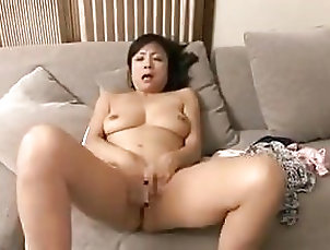Matures;Japanese;MILFs;Cum in Mouth;Mom Eaten By Japanese...